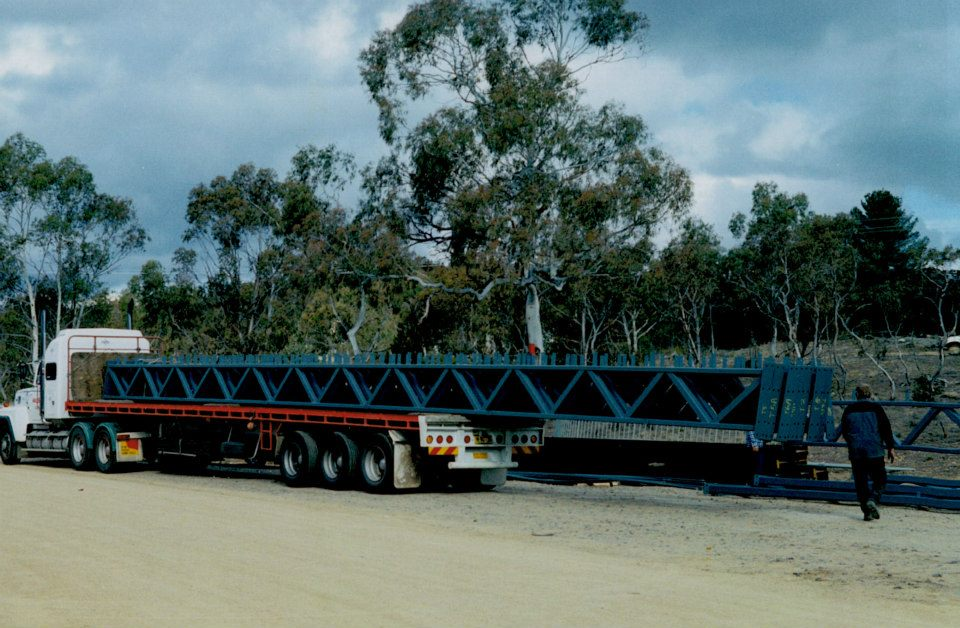 43-Rooftrussers-from-Cooma-steel-for-woolshed-at-Polo-Flat