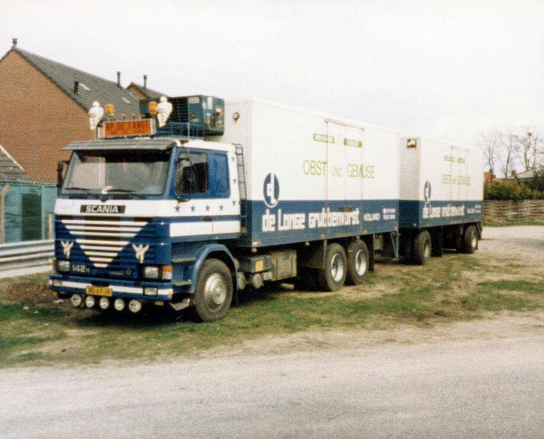 De-Lange-Grubbenvorst-Scania-V8[1]