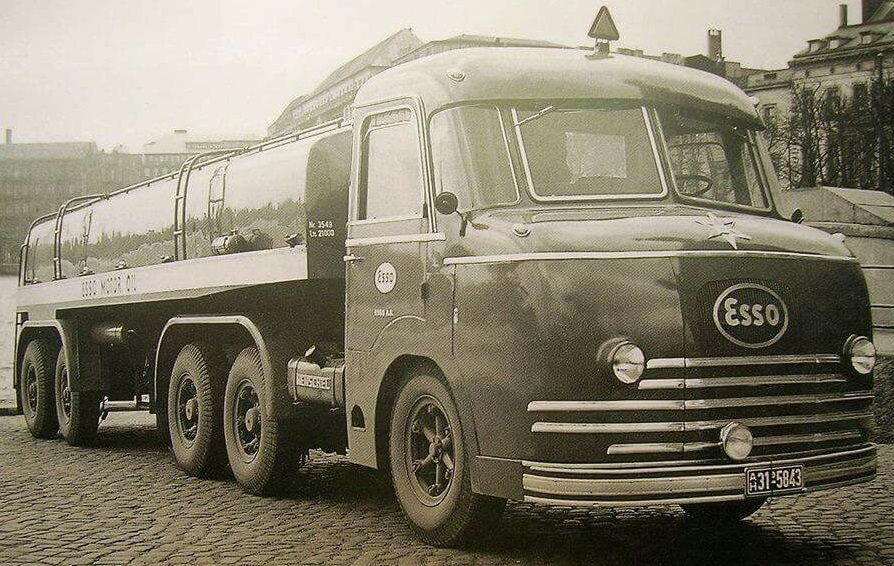 Henschel-Bimot-met-2-motoren-1