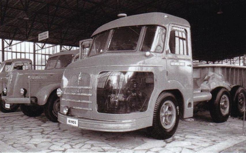Henschel-Bimot-met-2-motoren-2