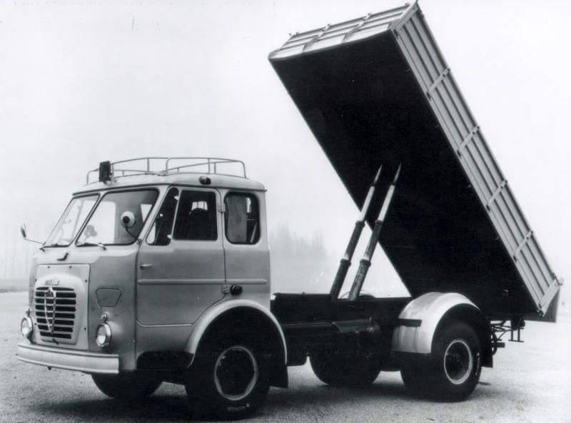 ALFA-ROMEO-TRUCK-KIPPER