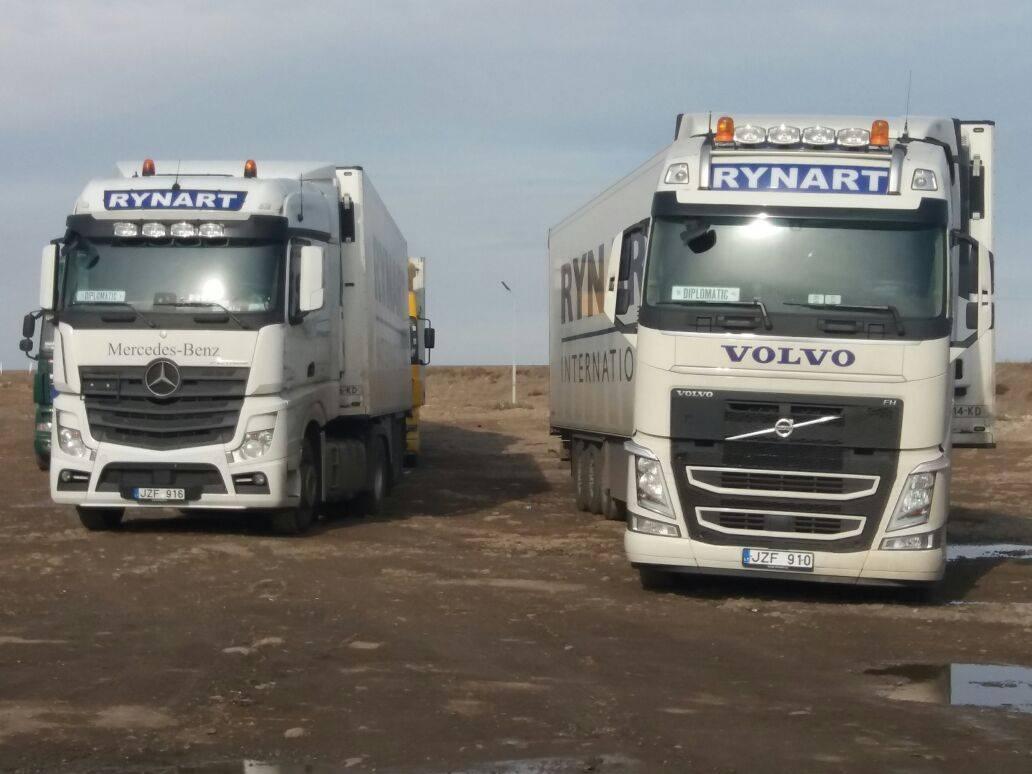 Volvo_Mercedes-opweg-naar-Kabul-14000-km-1
