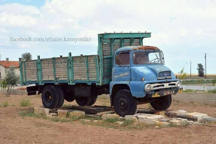 Ford-Thames-Trader-1