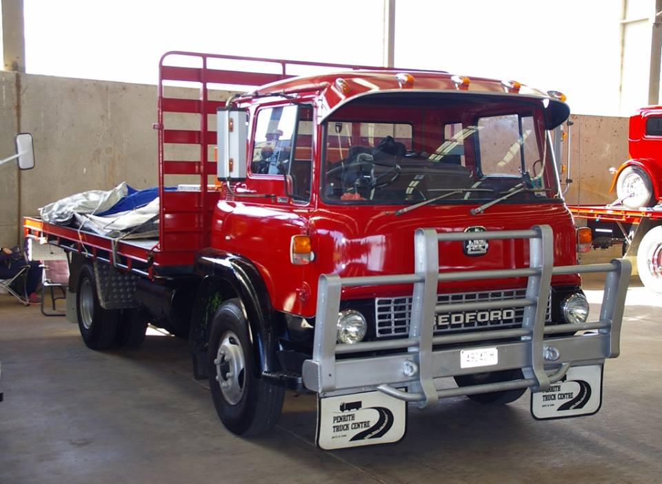 TK-Bedford-at-the-Golden-Oldies-Truck-Club-show-at-Dubbo-in-2016