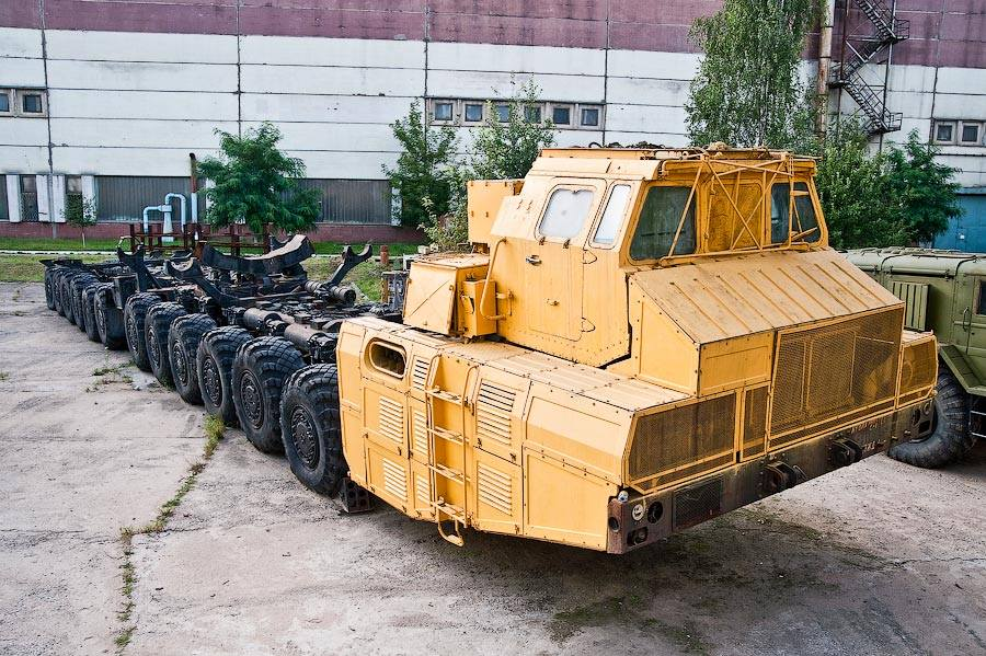 MAZ-7907-24x24-1-250HP-Truck