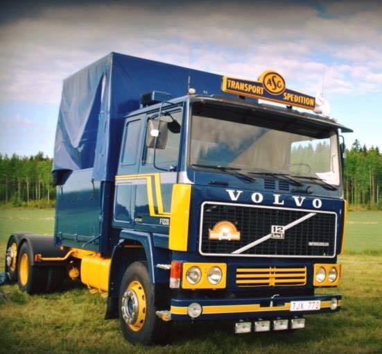 Volvo-6X2-F-12