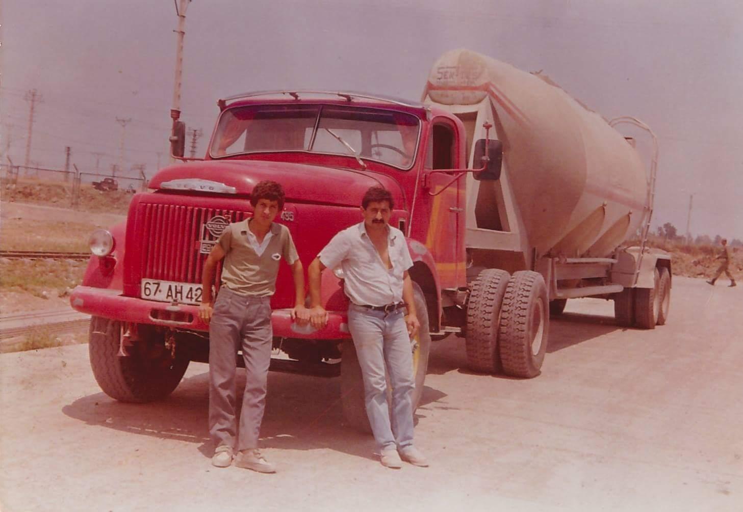 Volvo-495-Titan-1985