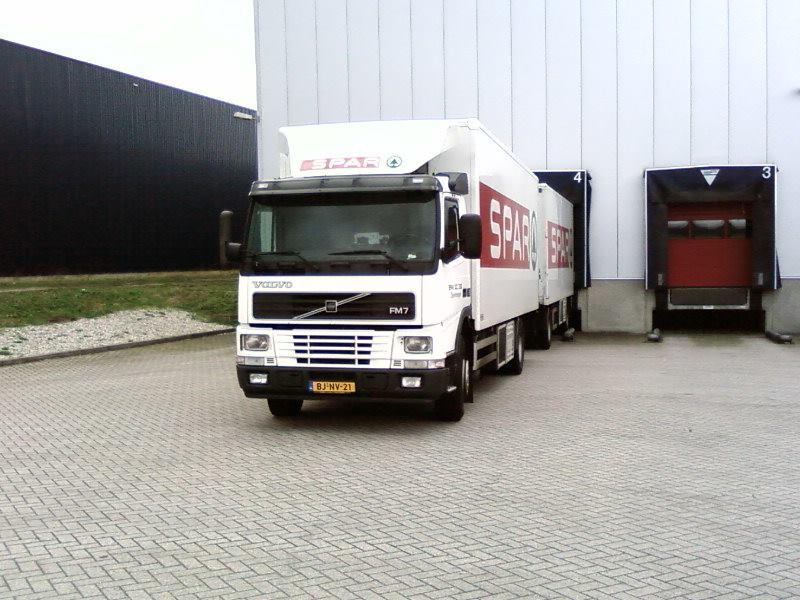 Volvo-FM-7