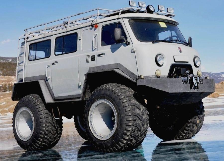 UAZ-4x4-Amphibious-Van