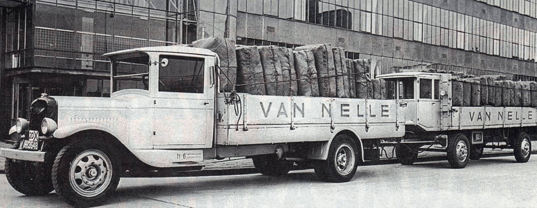 GMC-1934-Van-Nelle-aanhanger-met-remmershok