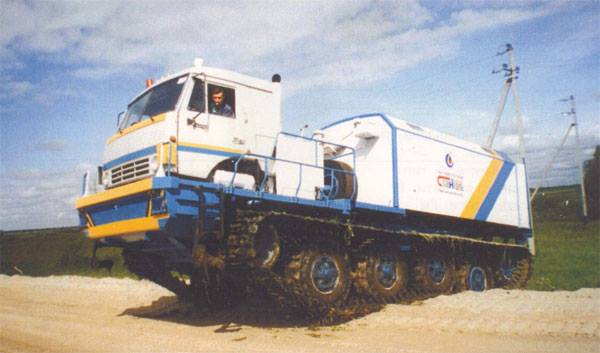 Monster-Tracked-Vehicle-based-on-KAMAZ
