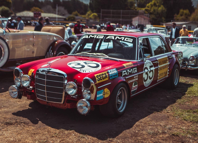 Mercedes-Benz-300-SEL-6-8