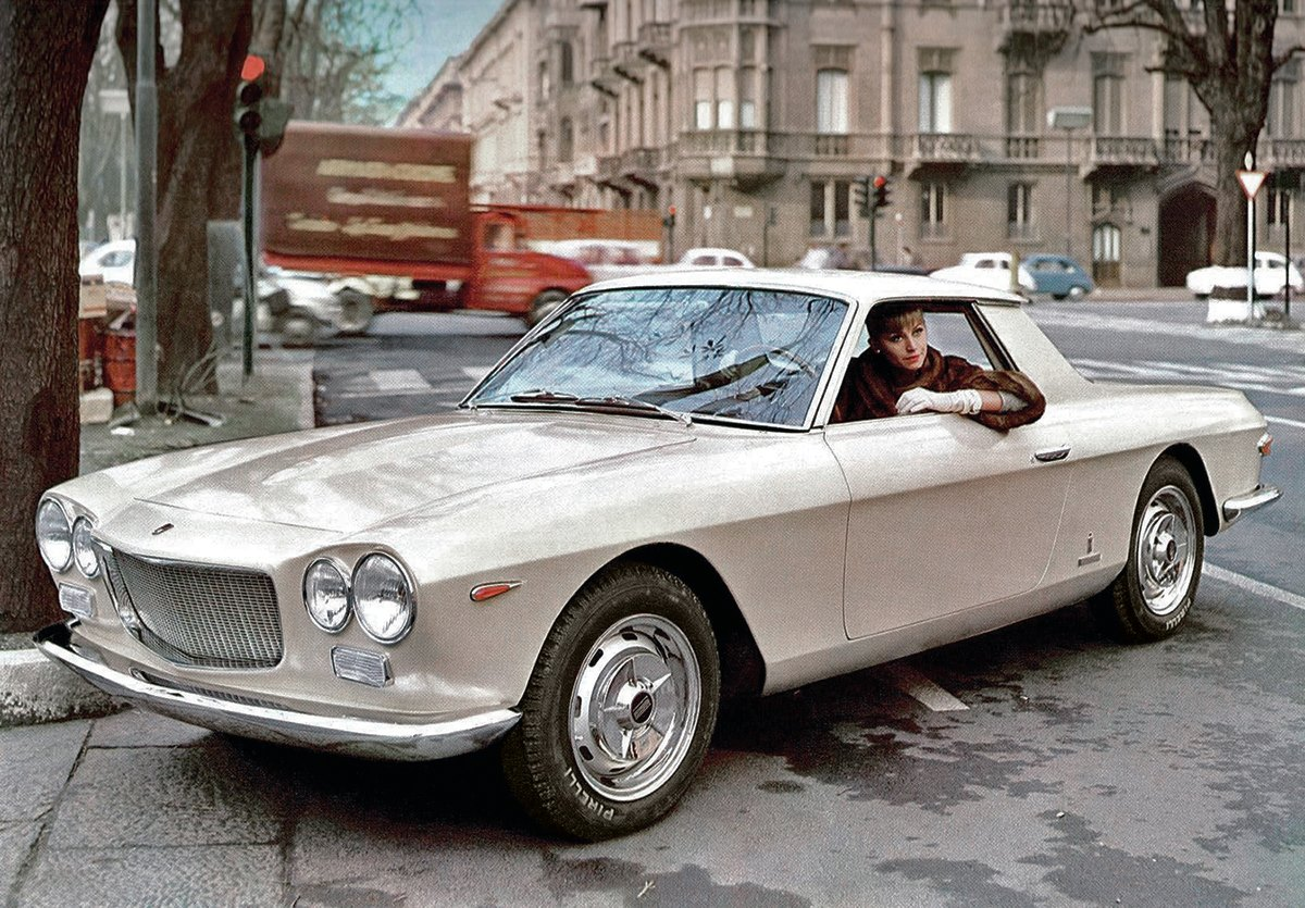 Fiat-2300-Coupe-Speciale-by-Pininfarina-del-1962