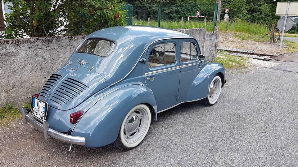 Renault-4-cv-2---kopie