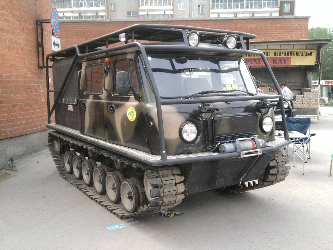 UAZ-Amphibious-Tracked-Vehicle