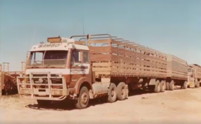 Mercedes-6X4-Road-Train