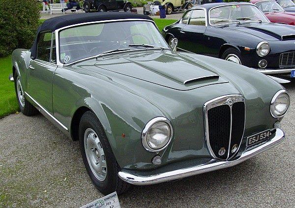 Lancia-Aurelia-B24-Convertible-1953