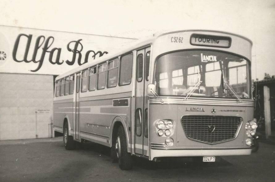 Lancia-Coach