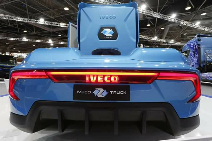Iveco-Truck-2