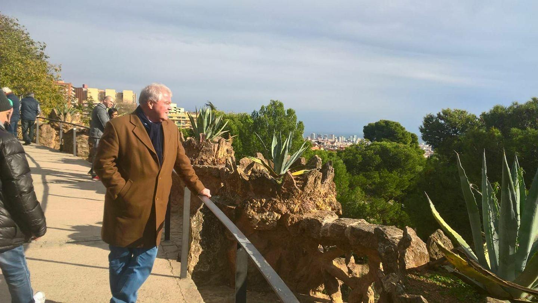 Barca-Pargue-Gaudi-Bercelona