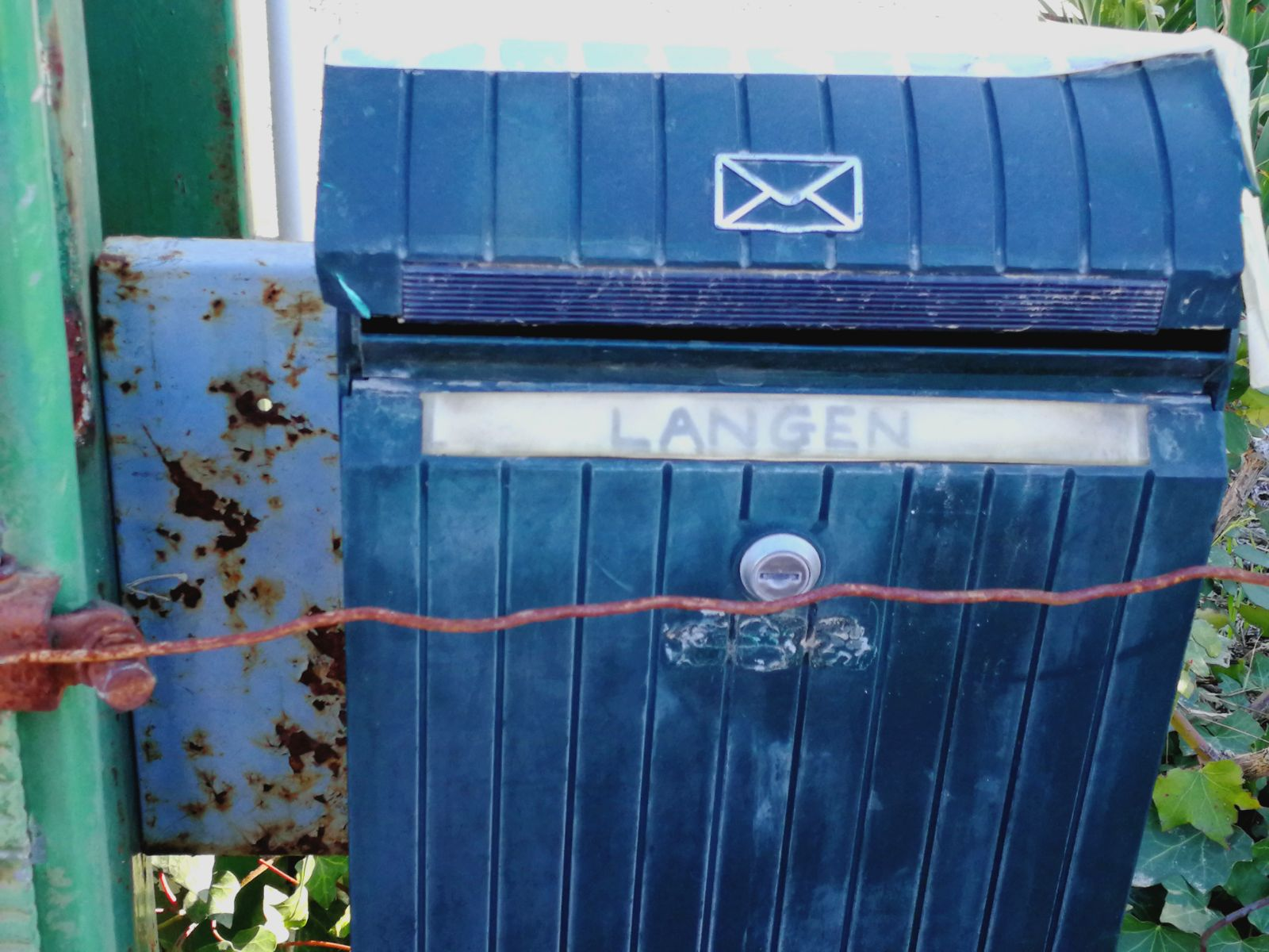 dit-zit-nog-op-de-brievenbus