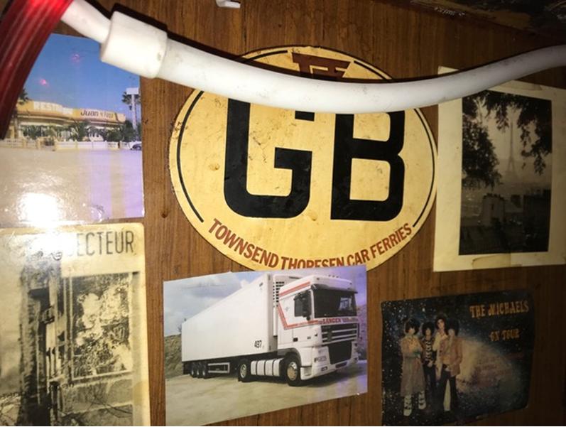 de-fotos-van-veel-Langen-vrachtwagens-zijn-er-nog-altijd-in-de-Kentucky