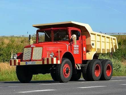 tatra-111-1942-1962--model-v910---air-gekoelde--V12-210-pk-motor--Versterkte-4-snelheid