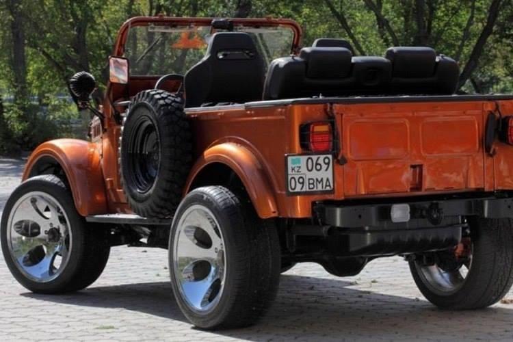 GAZ-69-4x4-Custom-Truck-3