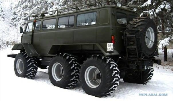 UAZ-Custom-6x6-Van
