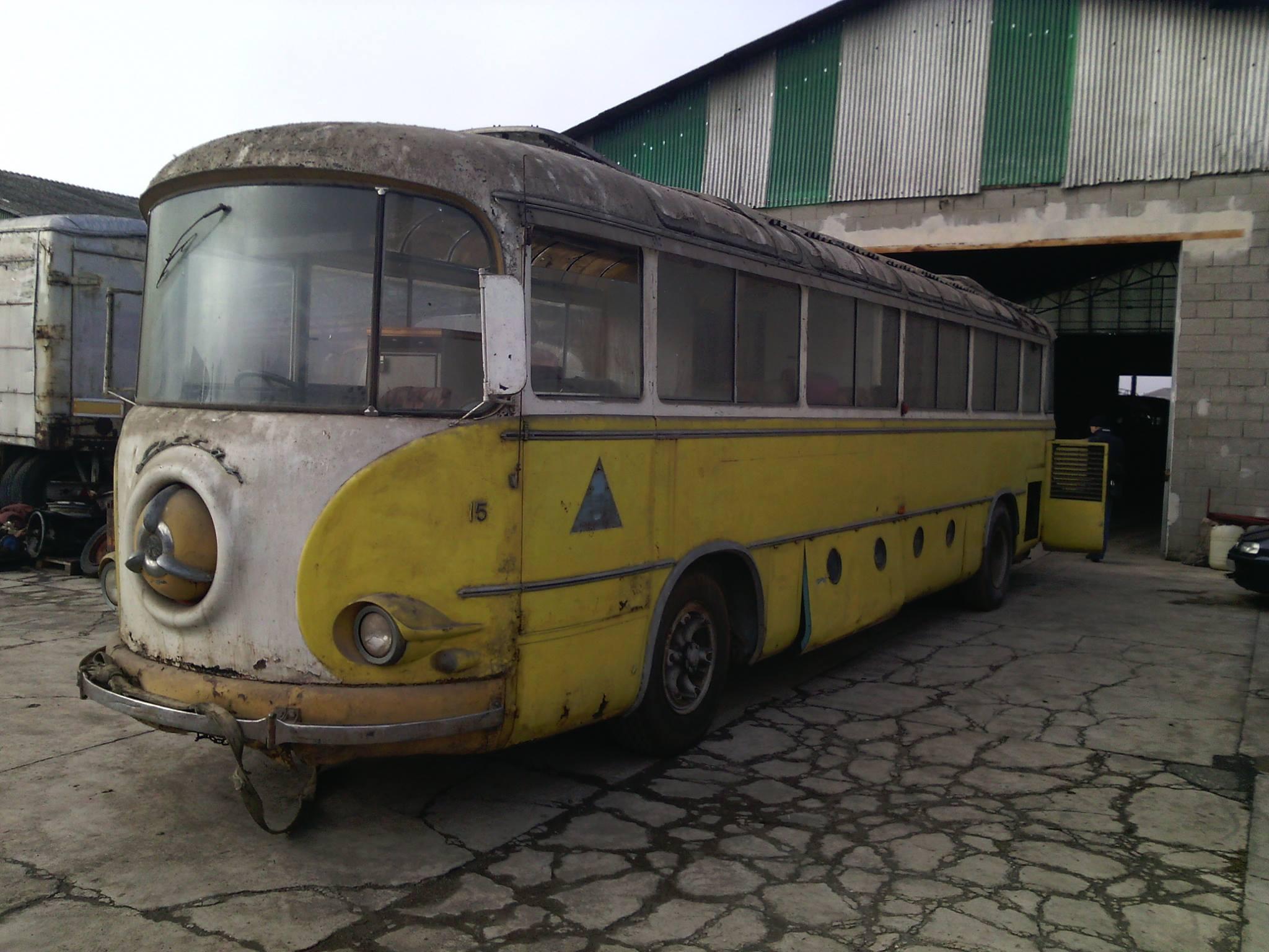 Alfa-Romeo-Coach-1