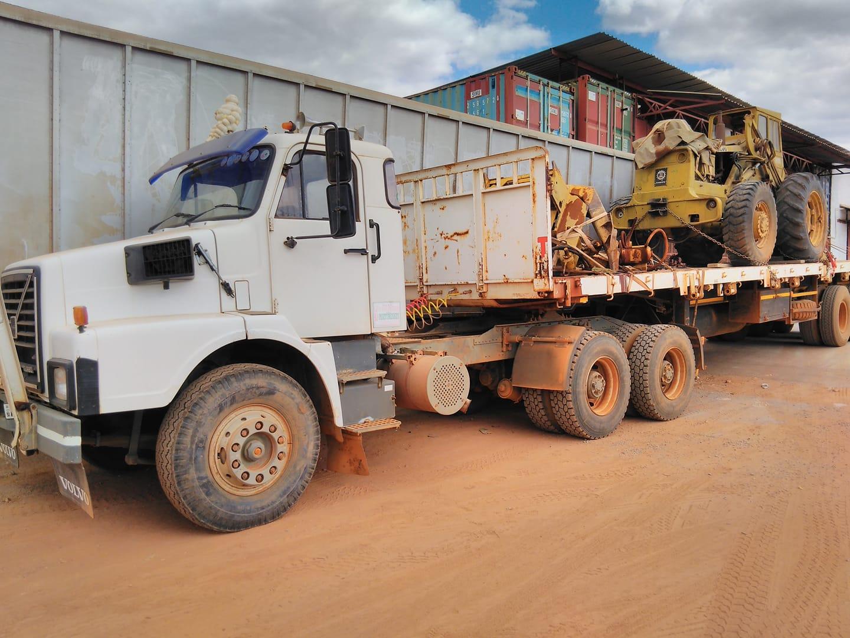 Sanjay-Patel-in-Zambia-metde-Volvo-N10-6X4