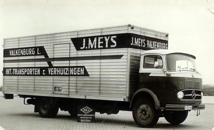 mercedes-verhuis-wagen