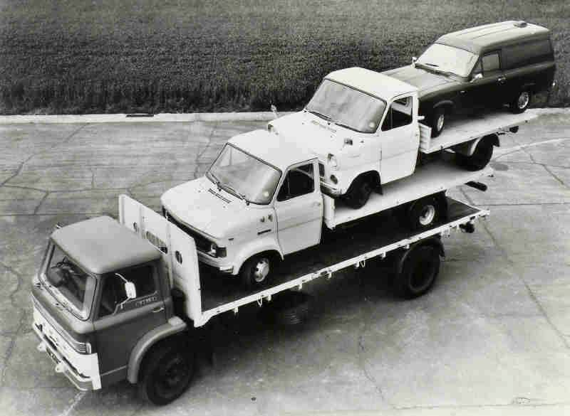 Ford-op-transport-archief-Cris-Houben