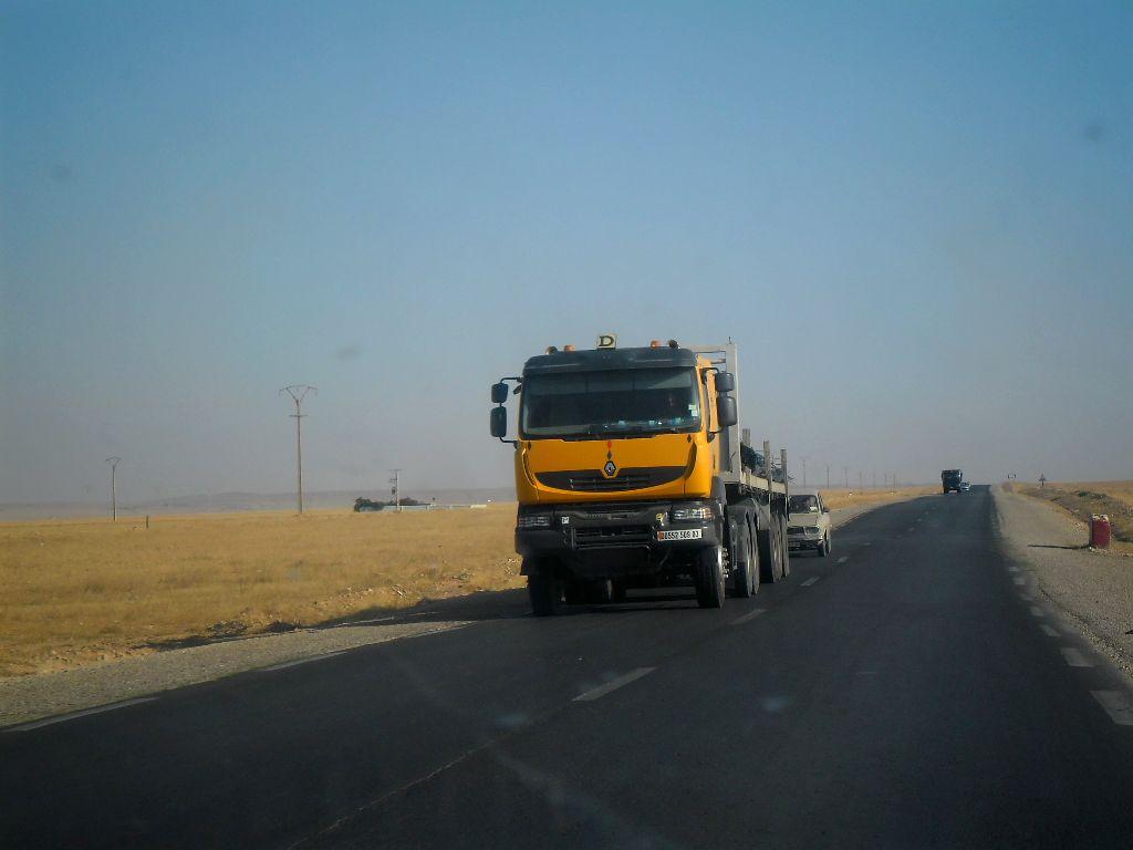 Renault-Road-RN23-Aflou_-Laghouat--Sougueur_Tiater--5