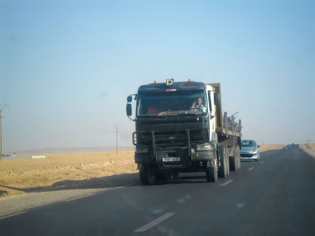 Shacman-Road-RN23-Aflou_-Laghouat--Sougueur_Tiater--1