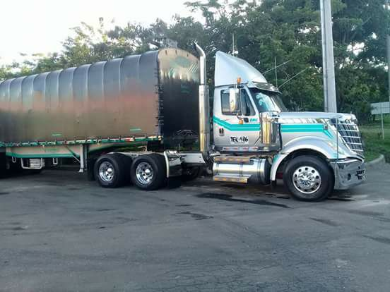 Columbia-Camions-3