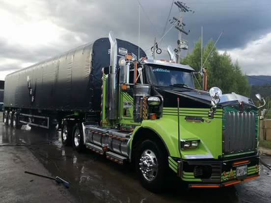 Columbia-Camions-6