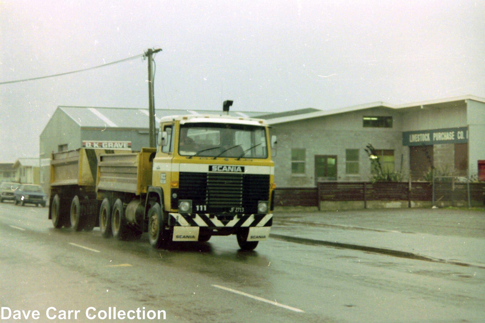 Scania-111-JF2713