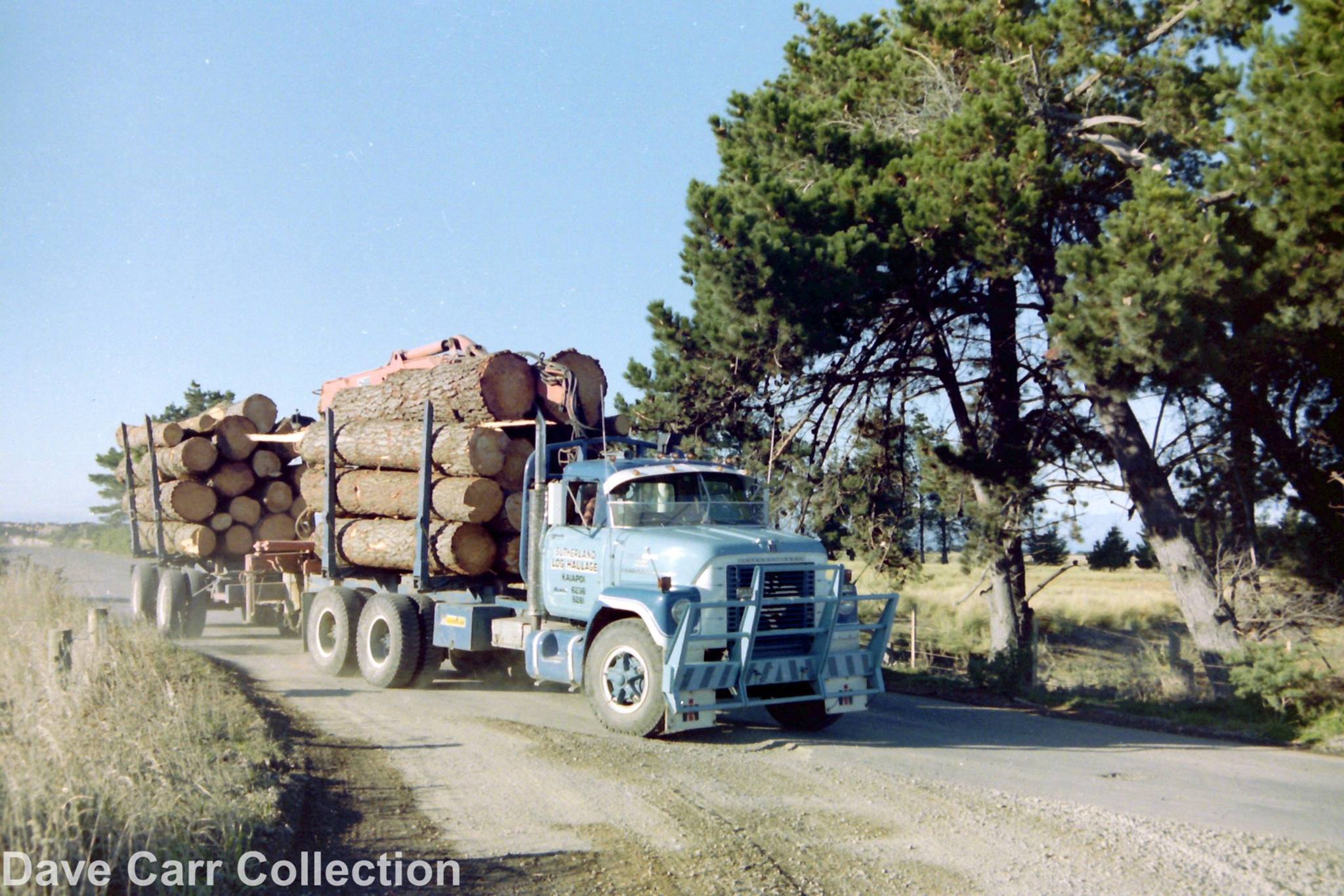 Sutherland-Log-Haulage_International-F2010