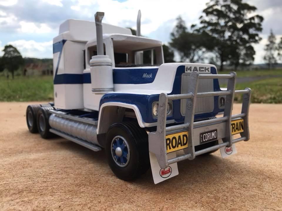 Mack-R600