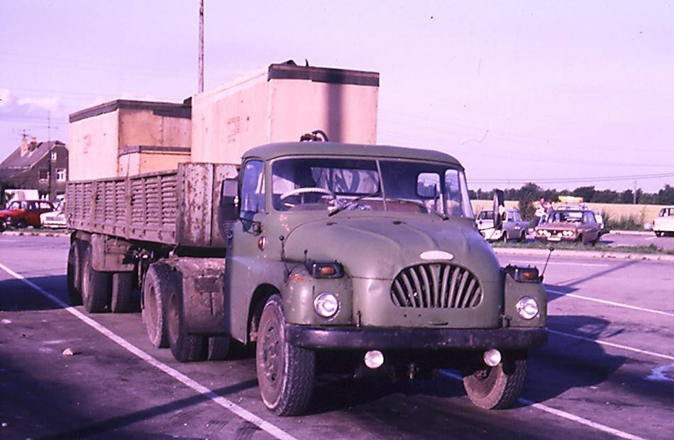 Tatra-138