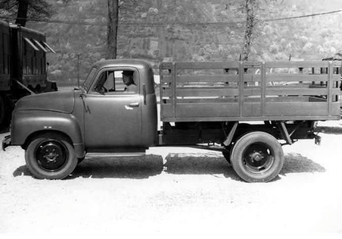 OPEL-BLITZ--1954