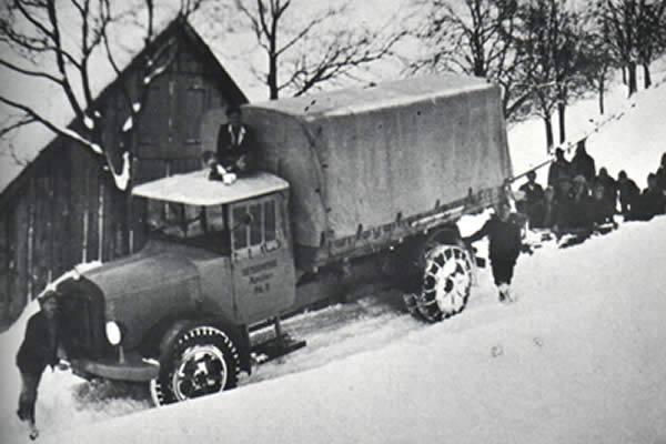 Saurer-5BL-anno-1930