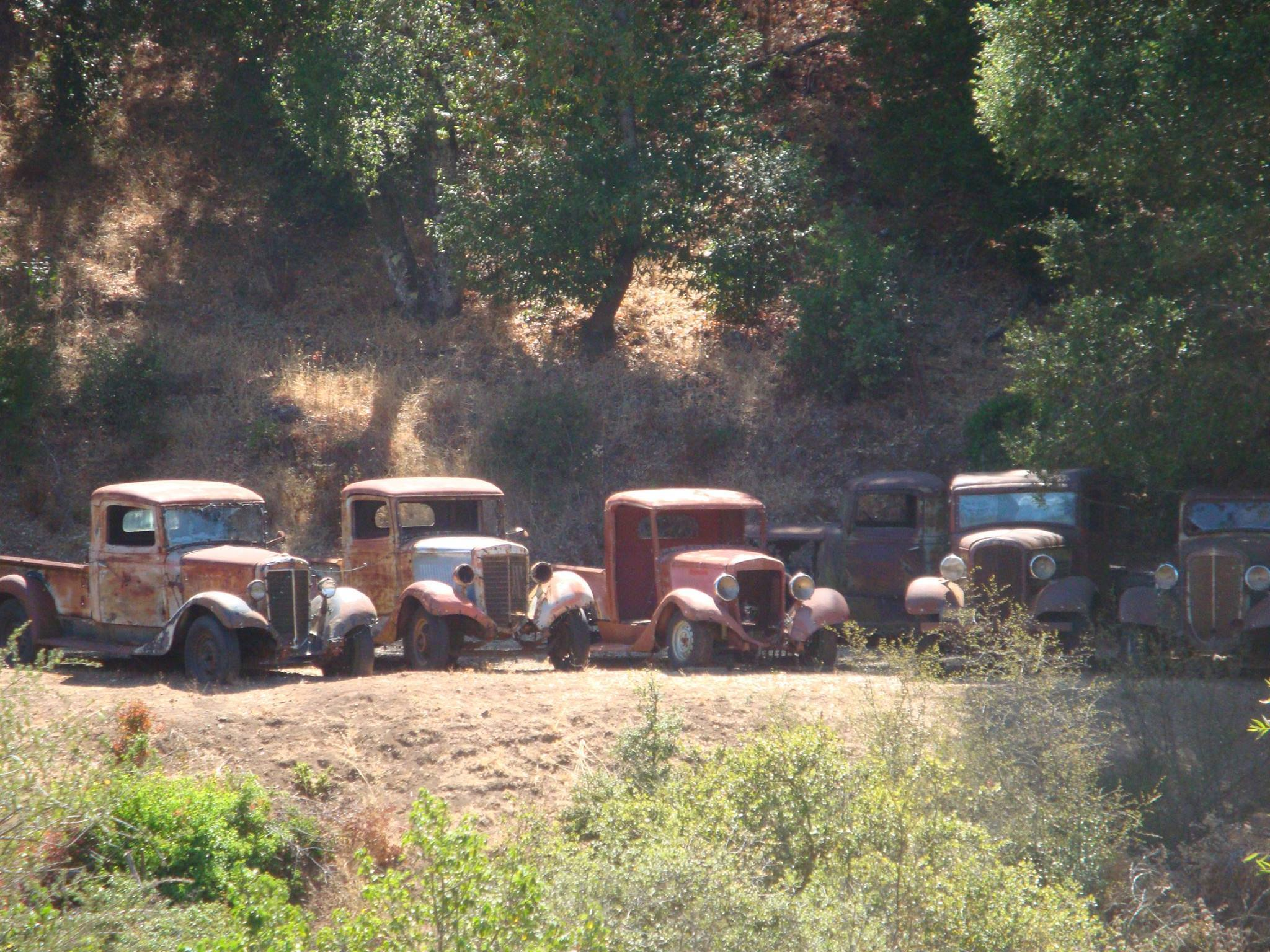 2-X-Chevy-1936-Chevy-1932-2-X-Chevi-1936