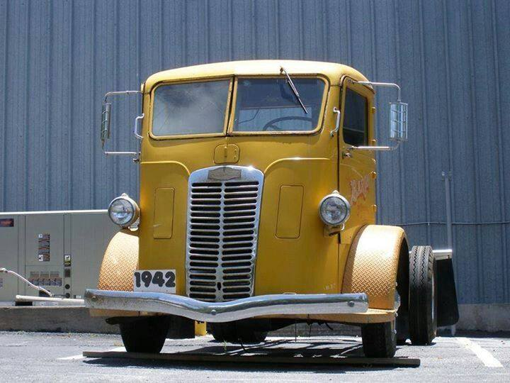 Autocar-Truck--1942