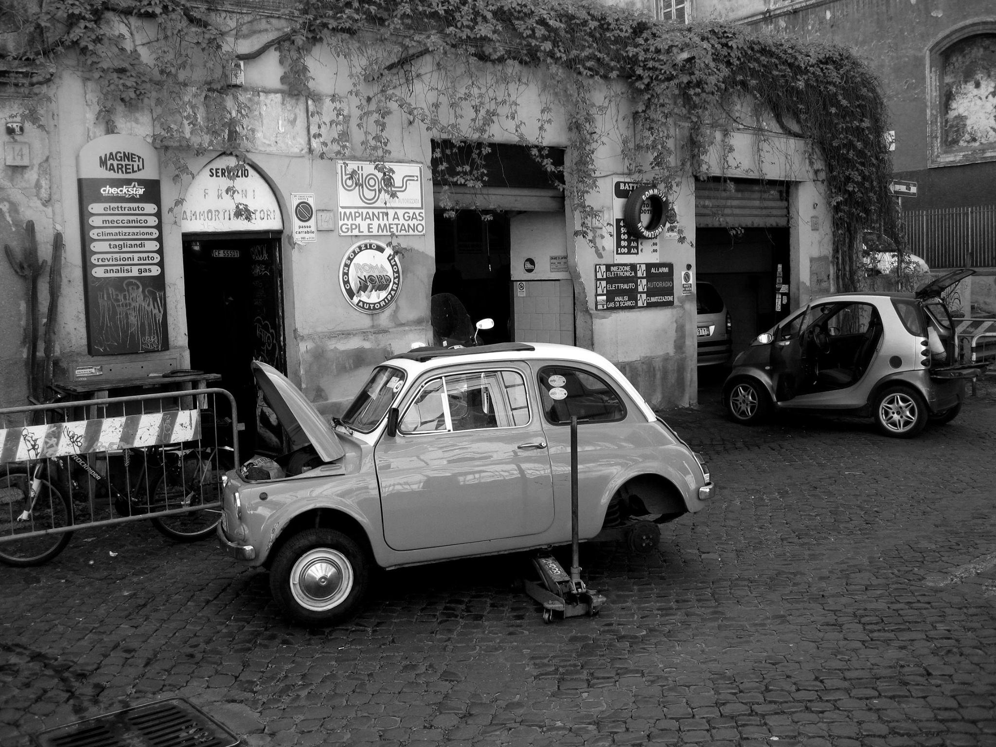 Garage--in-Rome-2017