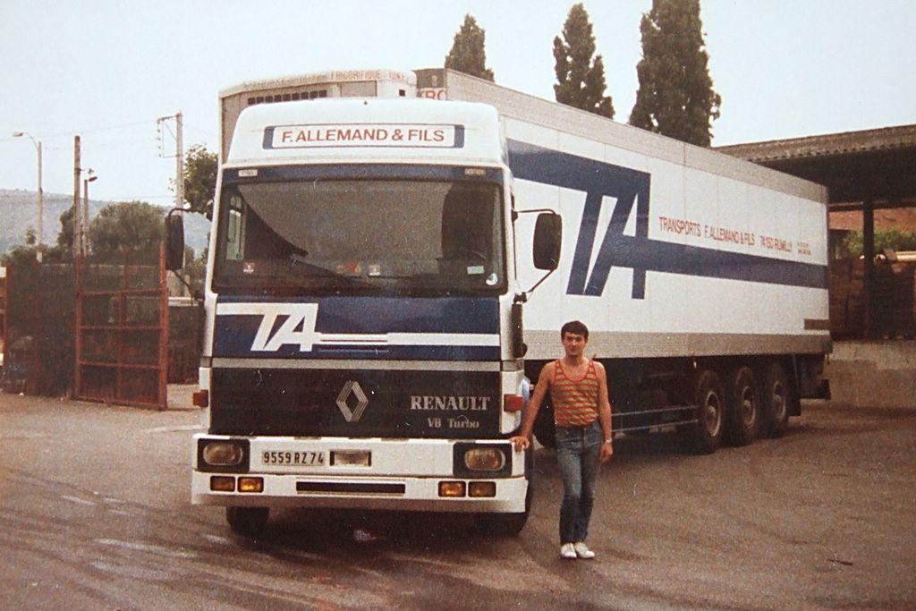 Renault-V-8
