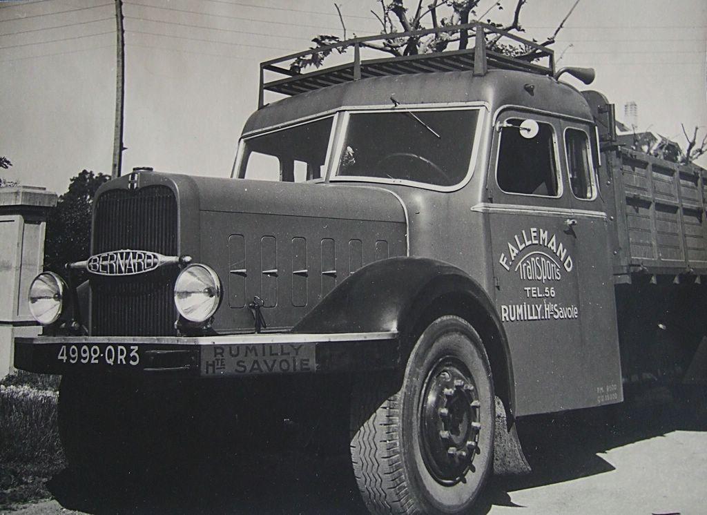 Un-Bernard-110cv--carrosserie--Pelpel
