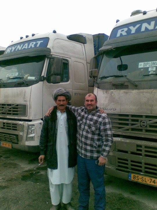 5-foto-s-Trucks-aangekomen-na-2-25-week-en-6500-km-van-Rotterdam-naar-Afganistan-via-Russia-Kazachstan-17-2-2017