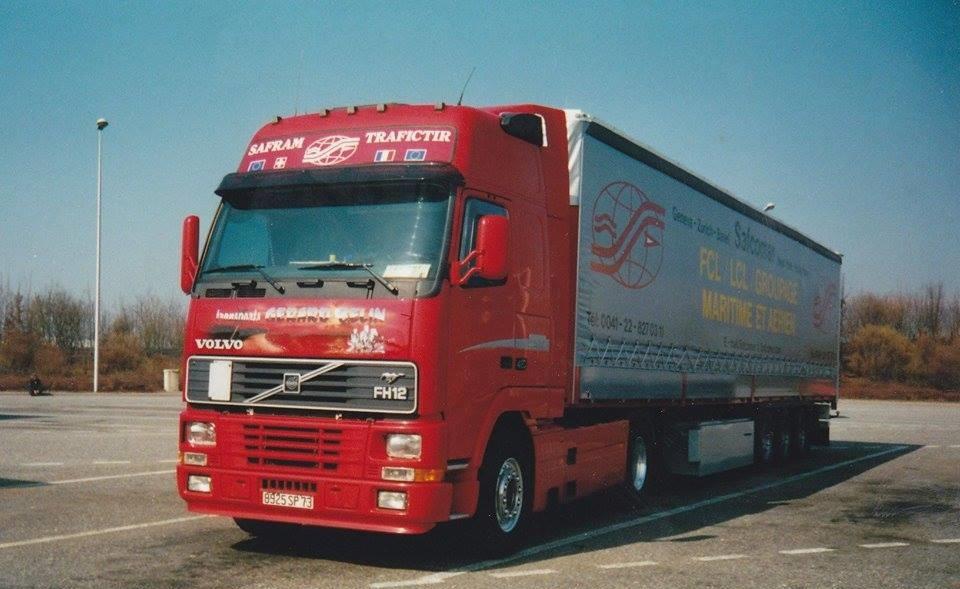 Volvo-FH-12-Douane-Bardonnex